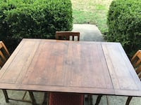 Wooden table with four chairs Jackson, 39211