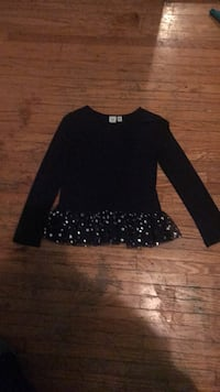 Black scoop neck long sleeve dress in new condition Toronto, M1P 1H4
