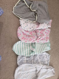 baby's assorted clothes Papillion, 68046