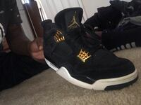 Retro royalty 4s size 10 Washington, 20001