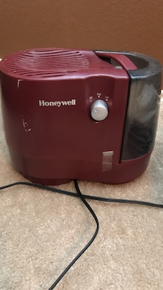 Humidifier, works