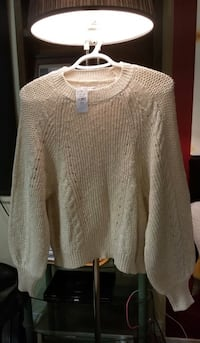 Gray knitted scoop neck sweater  Toronto, M1R 1H7