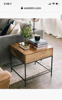 West elm Side table Miami, 33130