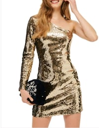New medium gold sequin dress  547 km
