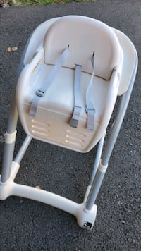 Graco High Chair w/ booster seat Lanham, 20706