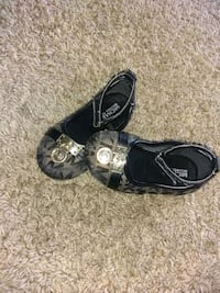 black-and-gray leather flats Rockford, 61108