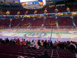 Toronto maple leafs vs Vancouver Canucks - Lower Bowl Sec 117
