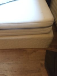 90*200 IKEA sultan legs available and mattress