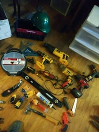 Lot of power tools(willing to separate) Louisville, 40215