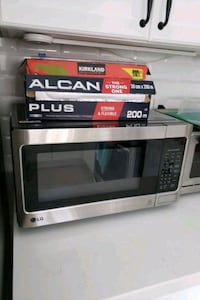Microwave and Convectional Toaster Markham, L6E 1H3