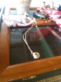 Locket neckace serious inquires only Daphne