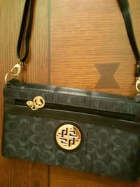 black and brown leather crossbody bag St. Catharines, L2M 4G1