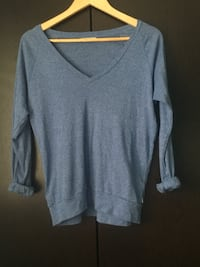 tna aritzia blue long sleeve v neck Kitchener, N2N 1E9