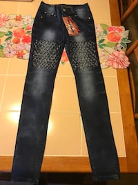 black and white floral jeans Germantown, 20874
