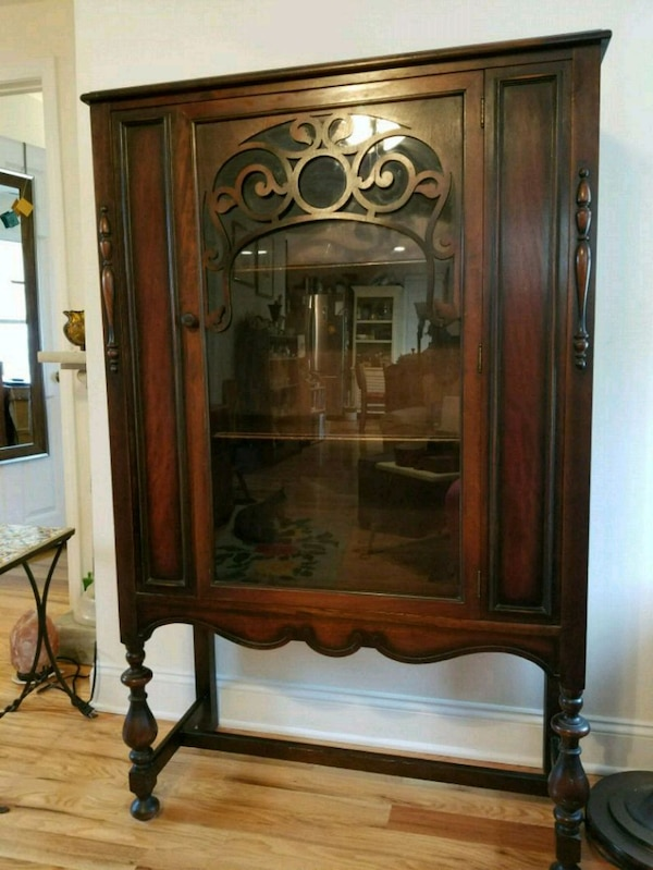 Sold Beautiful Vintage Hutch Cabinet In
