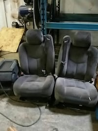 Front seats for GMC truck 2003 Burnaby, V5J 3J1