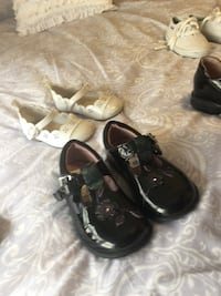 Clark's Toddlers shoes size 5.5 Vaughan, L0J 3X6