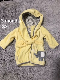 3 months robe - see other ads St Thomas, N5R 6G8