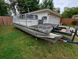 1988 Kennedy 21 ft. Pontoon AND lift trailer