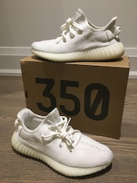 Pair of white adidas yeezy boost 350 with box Toronto, M8Y