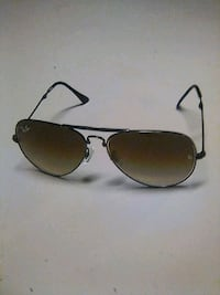 Ray ban folding aviators  Kelowna, V1Y 6J4