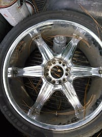 24 inch tieres and rims 700 or best offer North Augusta, 29841