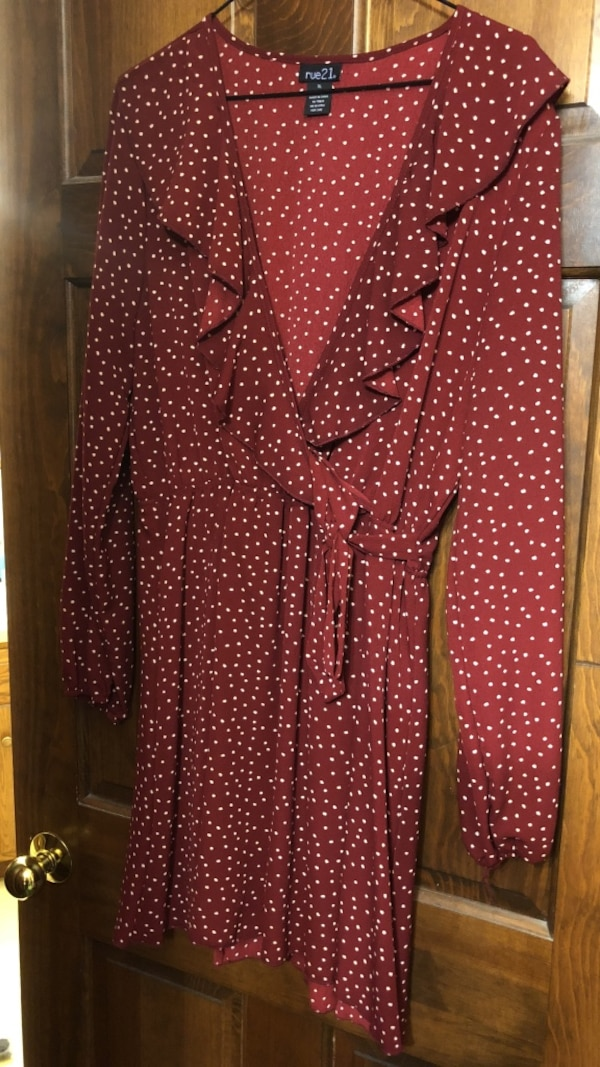 maroon and white dot print deep v-neck long-sleeved dress