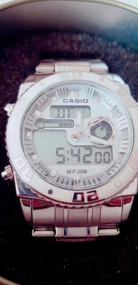 rund vit Casio G-Shock digital klocka Koeping, 731 03
