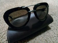 Prada black framed sunglasses Portland, 97230