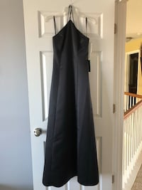 PROM DRESS SIZE 3-4 BRAND NEW WITH TAGS