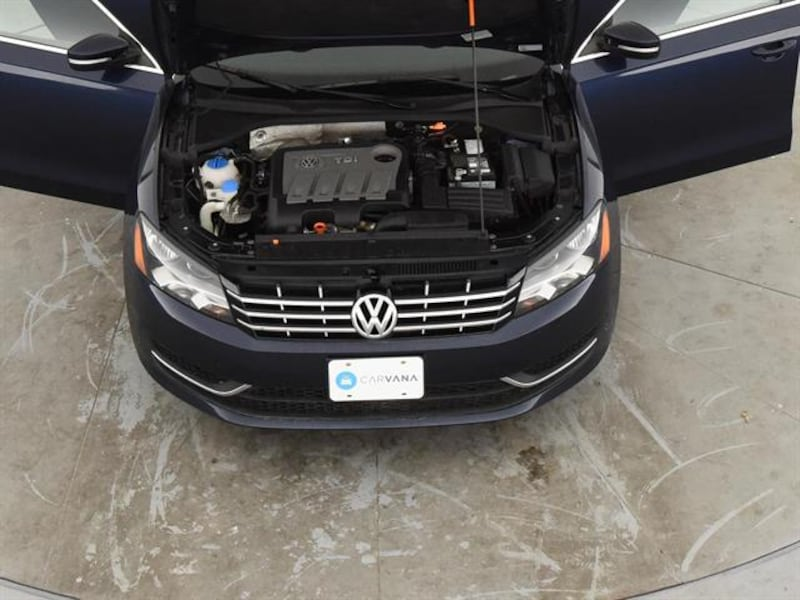 2013 VW Volkswagen Passat sedan TDI SE Sedan 4D Blue <br /> 4