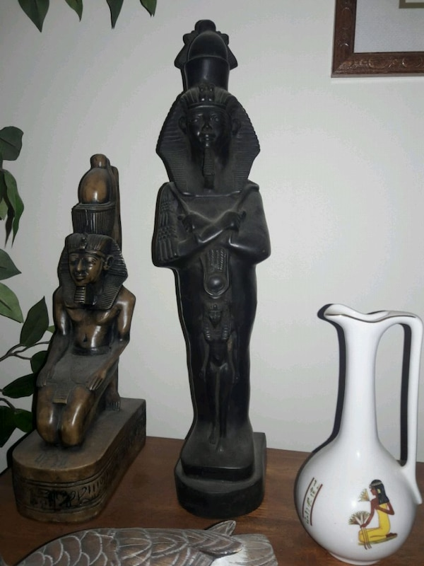 Egyptian deco,statutes, pictures,etc made in Egypt 1