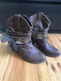 Adorable Country Girl Boots Mahopac, 10541
