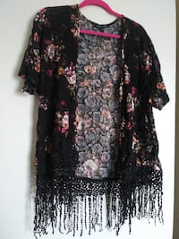 black lace and floral short sleeved cover up 2054 mi