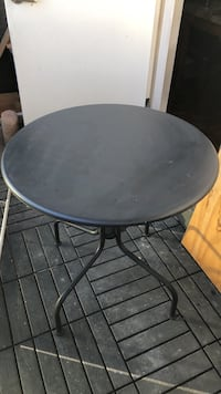 outdoor patio table and chairs Mississauga, L4Y