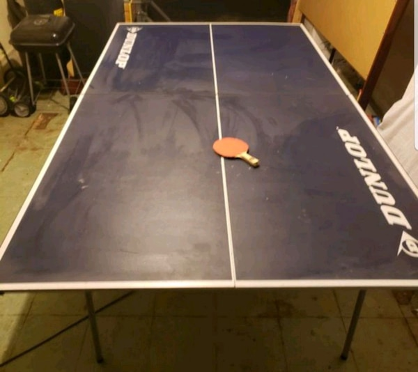 Official Size Dunlop Ping Pong Table W 4 Rackets