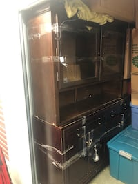 Server with Hutch (wooden; lighted) Edmonton, T6G 2B7