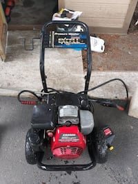Pressure Washer powered by Honda