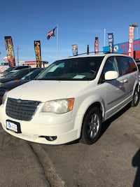 Chrysler - Town and Country - 2010