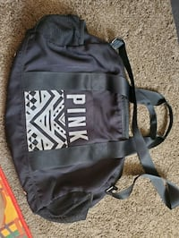 VS PINK black duffle bag(NOT FADED) Victorville, 92395
