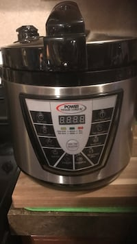 stainless steel and black Hamilton Beach slow cooker Port Republic, 24471