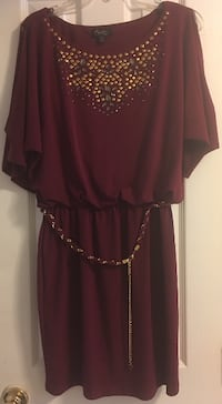 Women's maroon scoop-neck dress Woodbridge