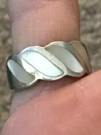 Sterling ring mother of pearl 2322 mi