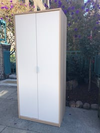 White wooden 2-door wardrobe Oakland, 94612