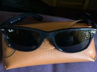 Black framed ray-ban wayfarer sunglasses  HALLOWEEN SPECIAL ONLY $15.00 Off ! Fair Oaks, 95628