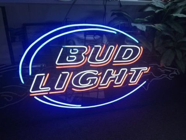 Neon Signs For Sale >> Used Neon Signs For Sale In Palmyra Letgo