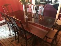 Dining Table with Chairs and Cabinet Mississauga, L4Z
