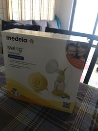 Single Electric Breast Pump (Medela Swing) and accessories set Miami, 33131