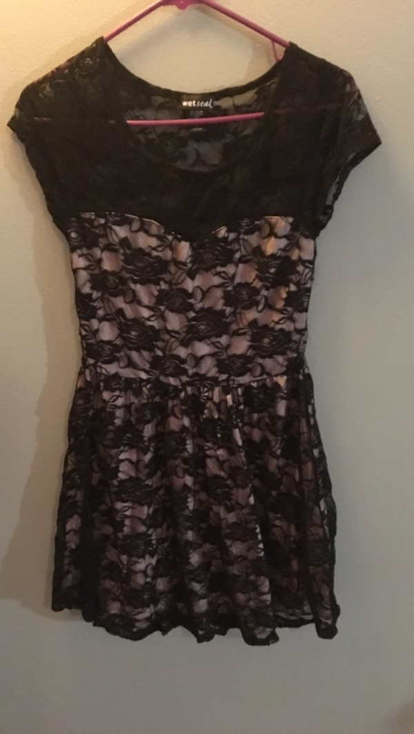 Used Womens Wet Seal Black Lace Cap Sleeve Mini Dress For Sale In