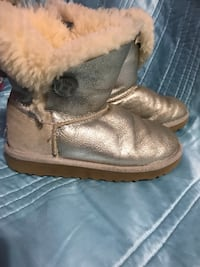 Ugg  boots silver size 2 girls